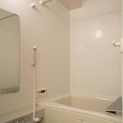 追い炊き&浴室乾燥機付き!