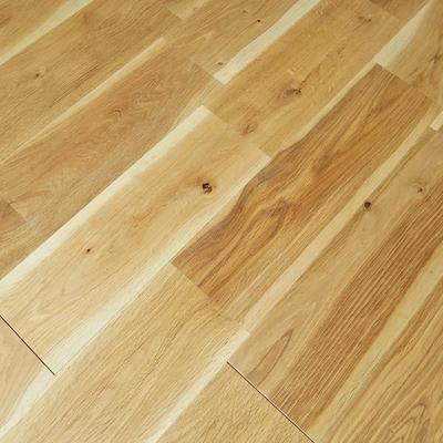 お部屋全体、手触りの良いオークの床材が素敵です。 ※写真はイメージ