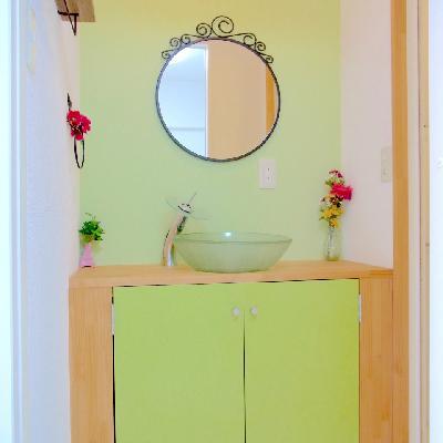 あら、洗面台が個性的!