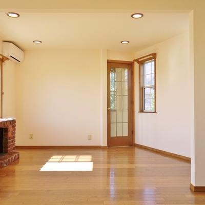 明るく風通しの良い室内。