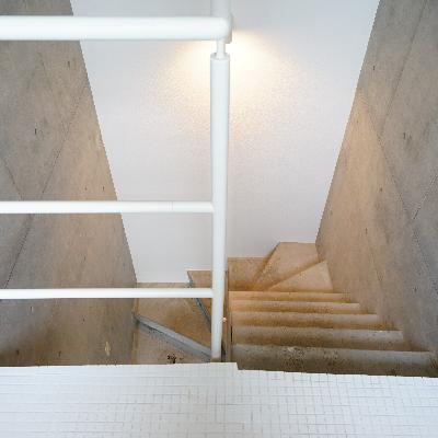 階段もかっこいい。