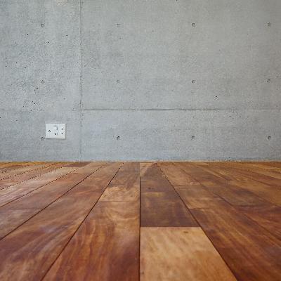 無垢床とコンクリの相性が◎