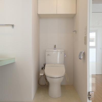 トイレ&洗面台はセットで(写真別室)