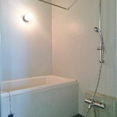 こう見えて浴室乾燥機付き!