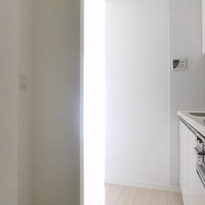 冷蔵庫!置けますよ〜!※写真は別部屋です