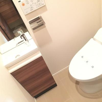 トイレ!良い設備ですねー!