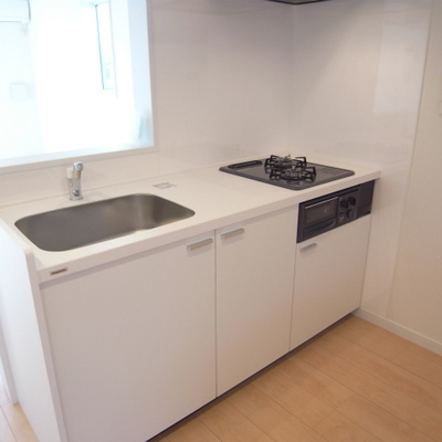 キッチンも十分ね。※写真は反転タイプです