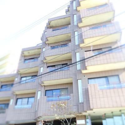 6階建てのマンション