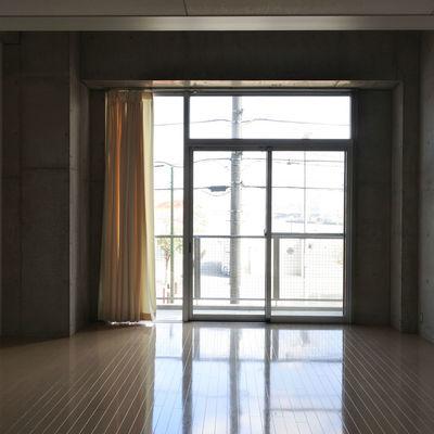 窓も大きくて気持ちいい。