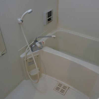 浴室乾燥ついてます