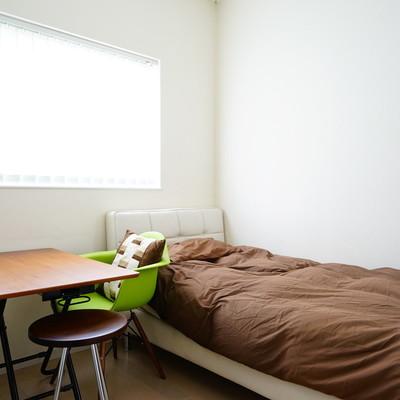 こちらの寝室もベッドが!