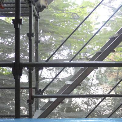 眺望。木の葉が見える高さ※写真は工事中のため足場があります