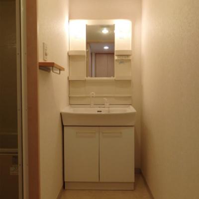 洗面台も独立です