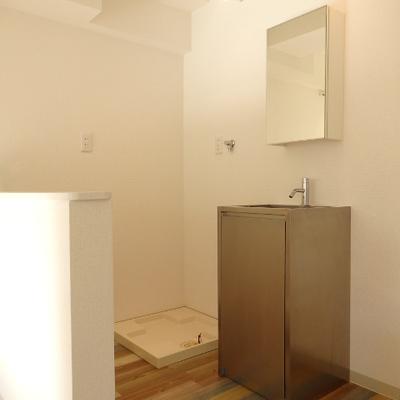 洗面スペースはリビングにあるのが不思議