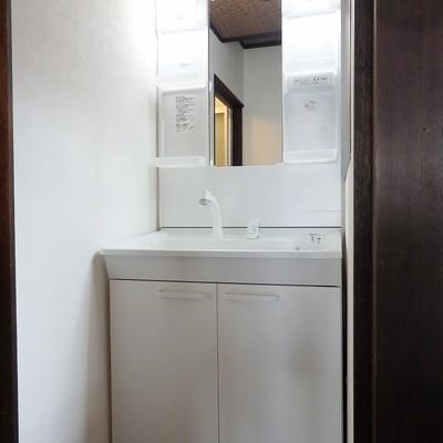 洗面台は新品です!