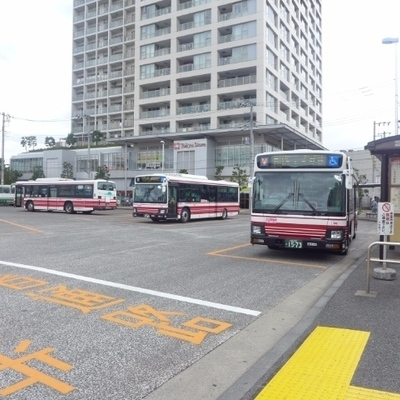 向ヶ丘遊園駅前、東急ストアもあります