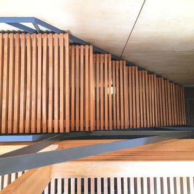 この階段、とっても素敵!