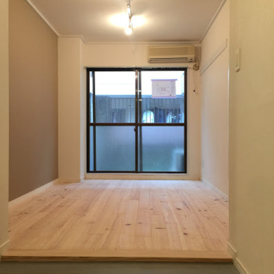 収納が壁と同じくフラットだと、居室が名いっぱい使えます!※前回のお部屋です今回は土間にはなりません