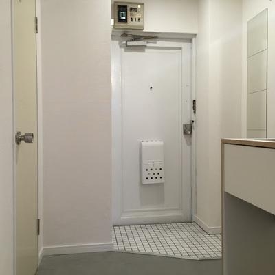 玄関はちょっぴりでもゆったりとした空間に※画像は同じまどりのお部屋