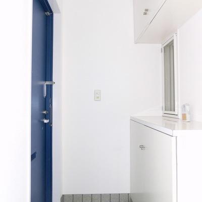 幸せの青いドア♪