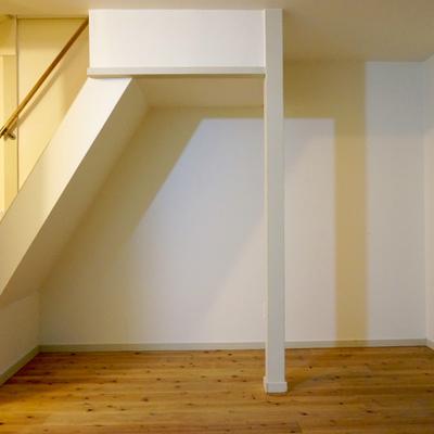 階段下スペースも収納スペースとして活用してくださいね