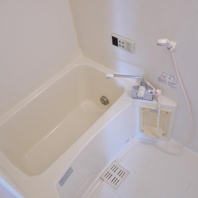 追い炊きも浴室乾燥も完備。
