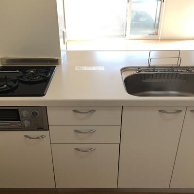 キッチンはゆったりサイズ