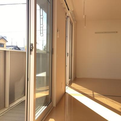 窓沢山。日を取り込む
