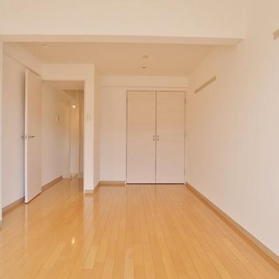 3階の7.6帖洋室