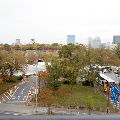 北側:大阪城と同じ目線ぐらいですね、えっへん