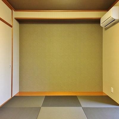 ちょっとモダンな和室があるのです。