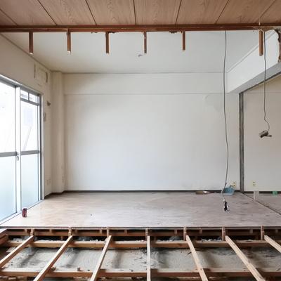 リビング、この広さ!大きなソファおきたいな◎※工事中のお写真です