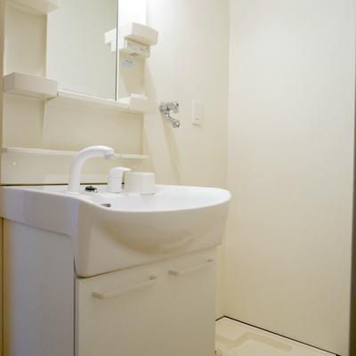 洗面スペース兼脱衣所