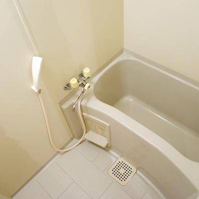 お風呂は至ってシンプル