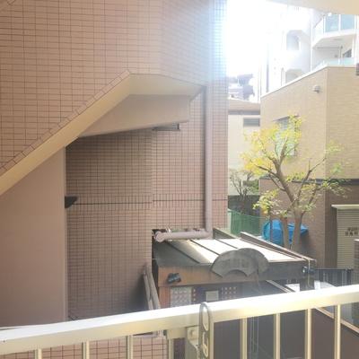 向かいマンションの1階に銭湯あります!!
