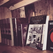 カフェ風/薄い棚板は例のアレ/見せる収納/DIY食器棚/DIY/セリアリメイク…などに関連する他の写真
