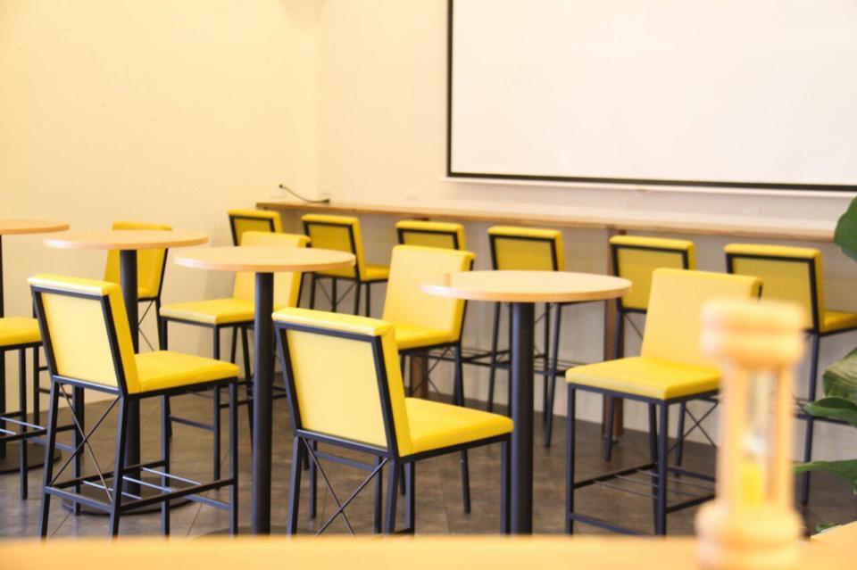 【中日新聞に掲載されました】 就活に役立つ「知るカフェ」名古屋大学前店オープン!