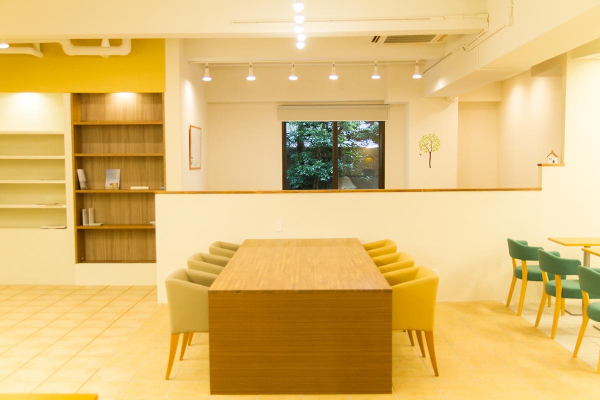 【神戸新聞に掲載されました!】神戸市出身3人の発案で作った知るカフェのビジネスモデルとは。