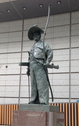 <p>東京国際フォーラムの太田道灌像。</p>
