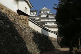 <p>姫路城のはの門の内側から天守を撮影。<br>現在は改修中のため、ここから立入禁止(涙</p>