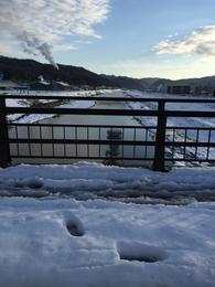 【田辺城東側の伊佐津川】田辺城の東側を流れていた伊佐津川。 大雪で20-30cmほど、積もっていた。 http://www.jma.go.jp/jp/amedas_h/today-61111.html