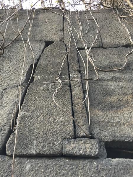 赤坂見附の石垣。精密ですね。