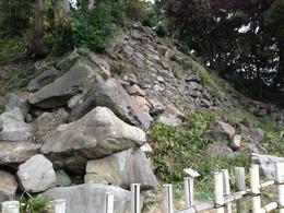 【石垣山一夜城】南曲輪下の石垣