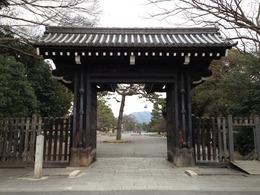 【京都御所】蛤御門。禁門の変の際、最大の激戦地となった。長州藩の来島隊と会津勢が激突した。