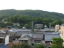 <p>【山崎城】山崎駅から天王山(山崎城)を遠望。</p>