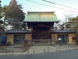 【世田谷城】吉良館と推定されている豪徳寺の山門。