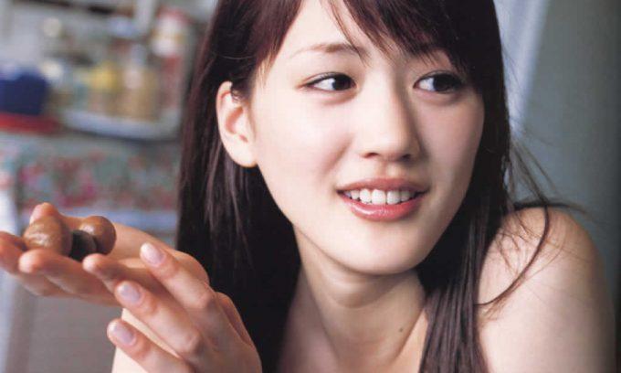 綾瀬はるかも結婚したかった..今年20代で結婚をした女性芸能人