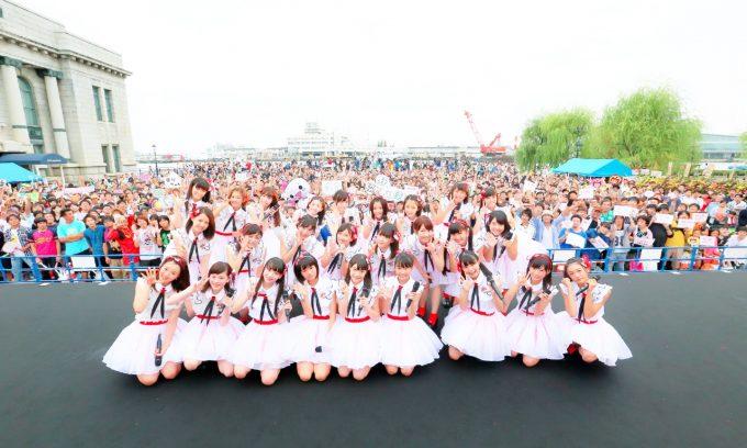 新潟を拠点に活動するNGT48。北原里英をキャプテンに迎え、CDデビューに向けてグループ一丸となって活動中。