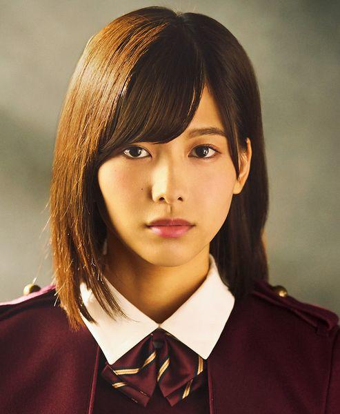 欅坂46渡邉理佐のプロフィール写真。