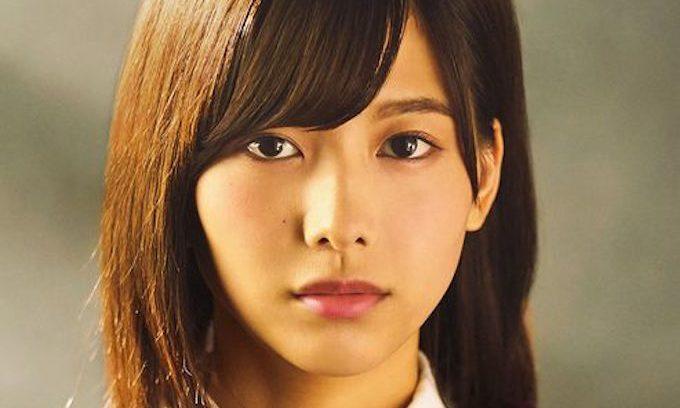 493px-2016年欅坂46プロフィール_渡邉理佐_3 (1)